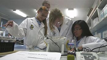 Modelling scientific thinking